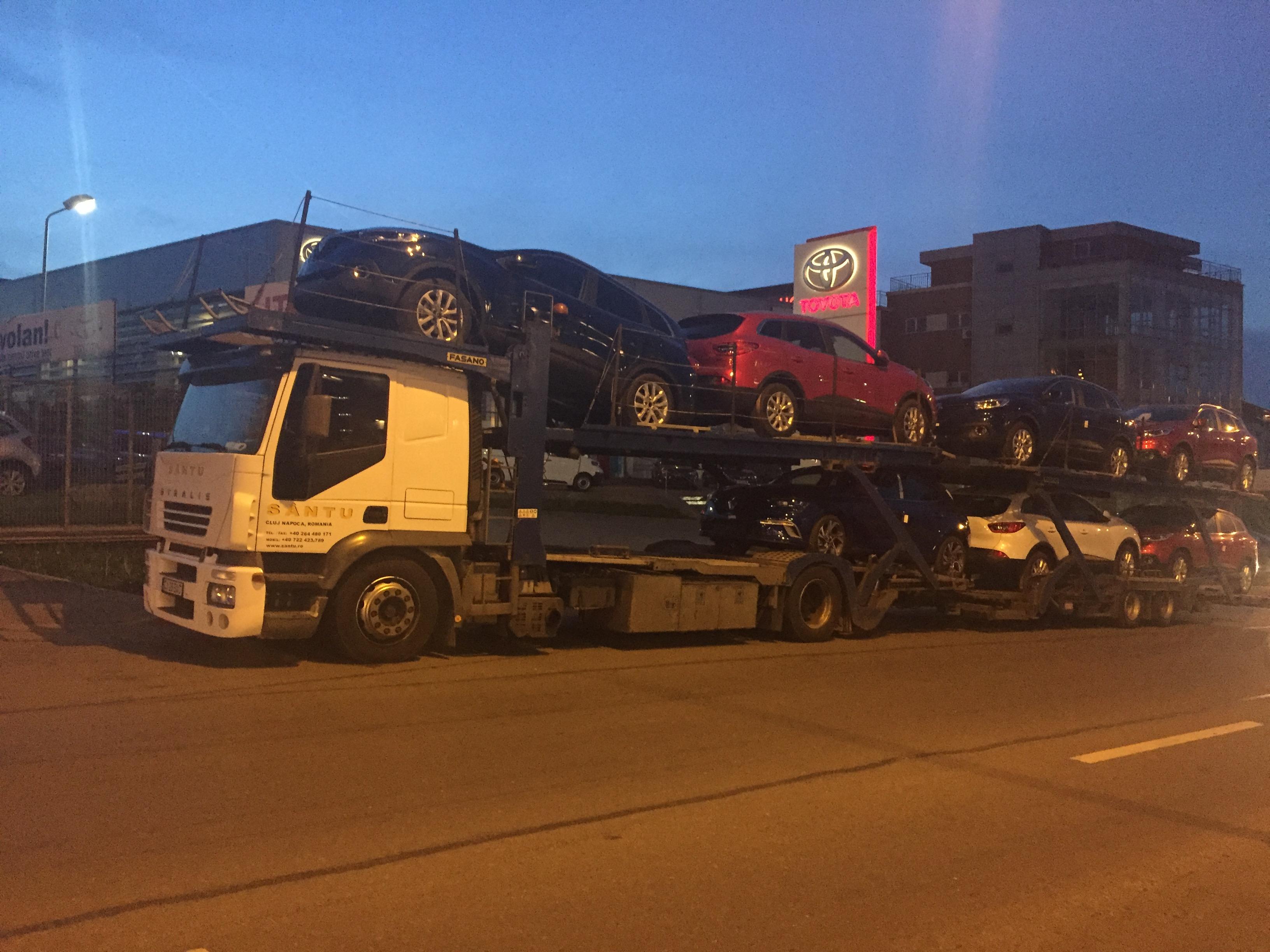 TRansport autoturisme noi întregi sau avariate